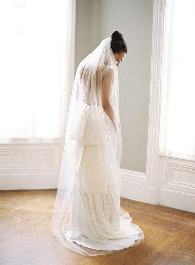 Top Quality Best Sale For Wedding Dresses Fashion Designer White Ivory ChapelCut Edge Veil Mantilla veil Bridal Head Pieces