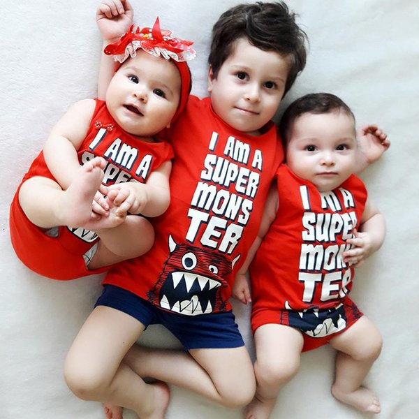 top popular 2017 New Baby Outfits Boys and Girls Letter Printing Romper Brother Clothing Suits Red Color Charistmas Baby Suit 2019