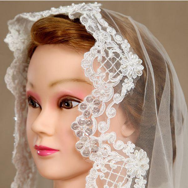 New Top Quality Fashion Designer Best Sale Romantic Fingertip White Ivory Lace Applique Diamond Mantilla Veil Bridal Head Pieces