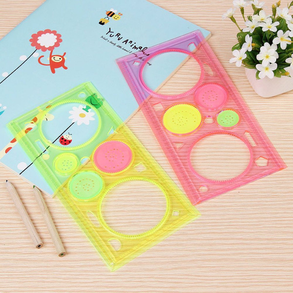 top popular Wholesale- Plastic Wholesale Spirograph Geometric Mould Flower Ruler Stencil Spiral Art Classic Toys Stationery Random Color 2021