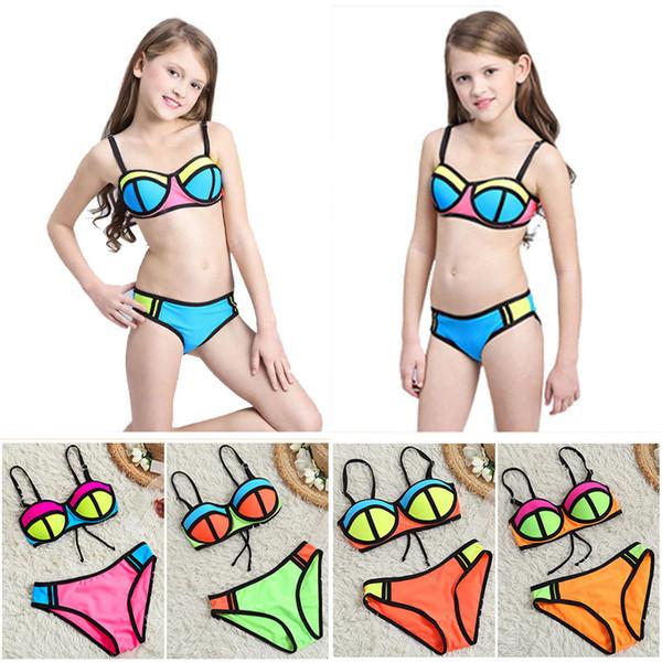 Costume da bagno bikini a due pezzi Costume da nuoto new fashion Pantalone multi color reggiseno Super nylon traspirante Morbido