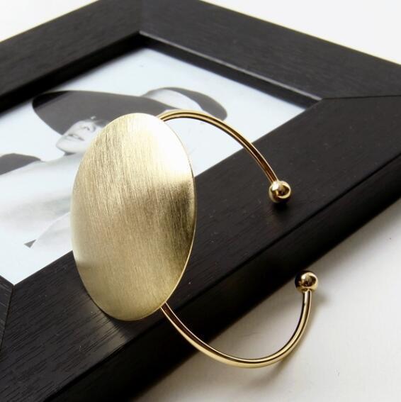 Al por mayor-Shuangshuo abierto cepillado grandes brazaletes redondos del brazalete para las mujeres pulseras redondas geométricas clásicas brazaletes redondos pulsera Jonc SZ081