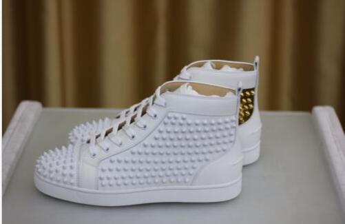 2017 Luxury Shoe Мужчины Плоские туфли Шипы Белое Золото Кожаные Кроссовки Обувь Высокий Верх Красный Низ Мужские Кроссовки