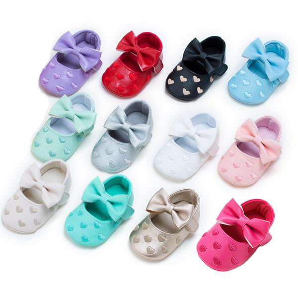 Erkekler Kızlar Yumuşak Kaymaz Sole LG83 için Bebek Makosenler Kalp Bow Bebek Prewalker PU Deri Çocuk Ayakkabıları