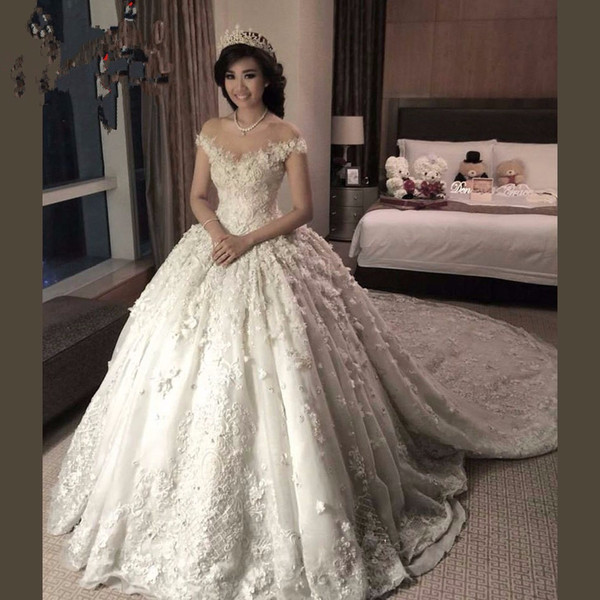 New A-line modest sheer neck short sleeves wedding dresses from china 12y bridal gowns 2019 3D-Floral Appliques wedding dresses with train