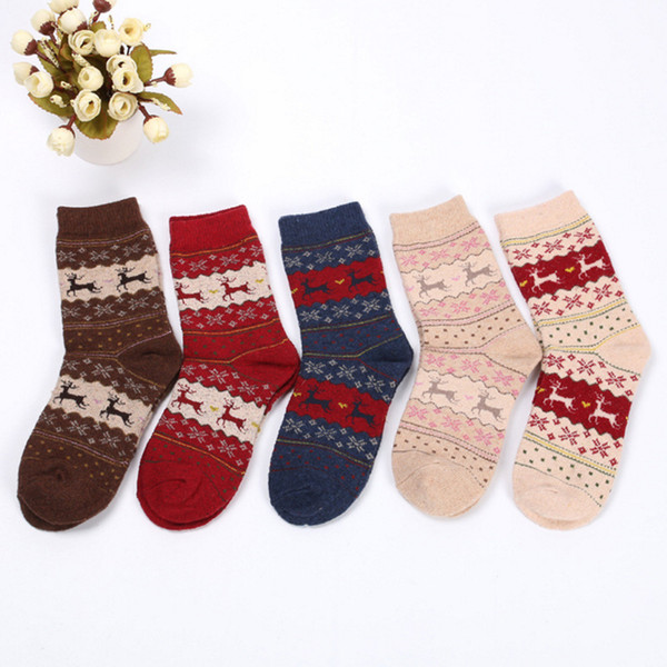 Hot Sale 2019 Female Winter Socks Warm Fashion In Tube Socks Wool Ladies Casual Cute Cartoon Deer Socks For Woman 5pairs/lot free shipping