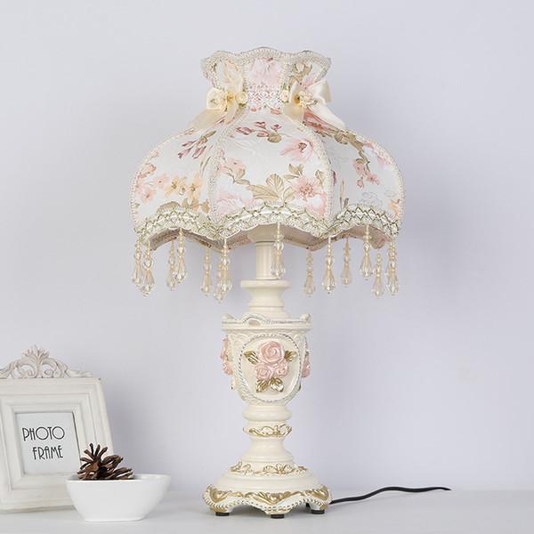 Decorative princess table lamp light bedside classic palace art decoration Pattern bedroom resin fabric desk table light lamp