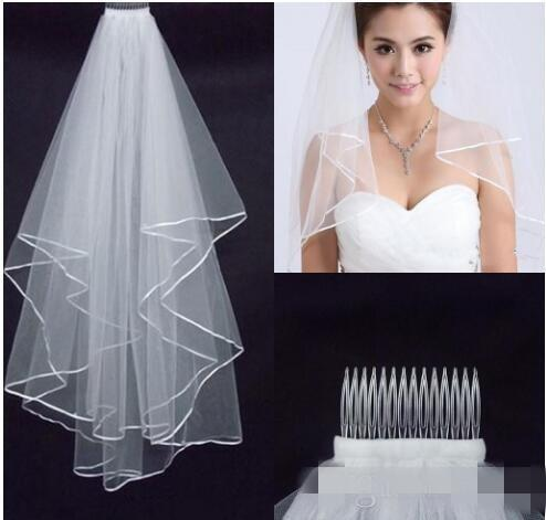 top popular 2019 Free Shipping Wedding Veils White Two Layer Lace Flowing Wedding Accessories Wholesale Wedding Veils Bridal Accesories 2021