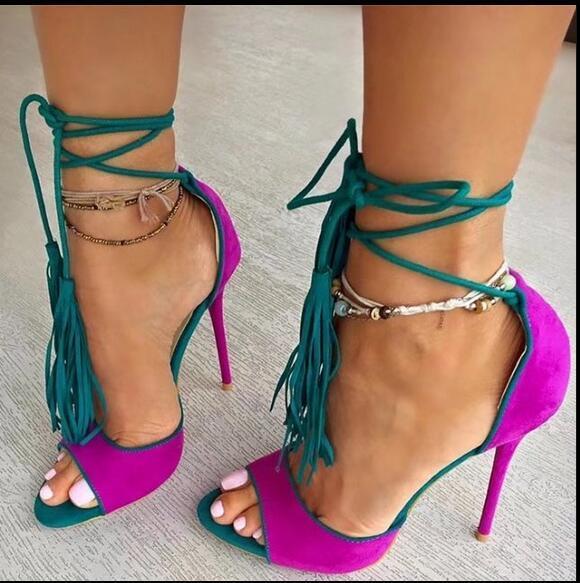 Sandale femme designer de moda sapatos de salto alto mulher cores misturadas senhoras camurça com tiras sandália peep toe lace up franja sandálias