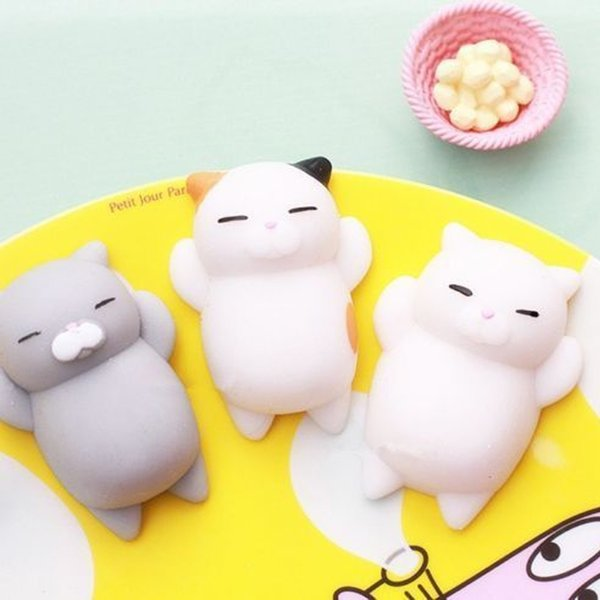 top popular Hot Fashion Multicolor Soft Squishy Cat Healing Squeeze Fun Kids Toy Gift Stress Reliever Lovely Decor 2020