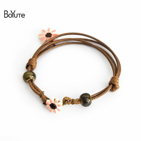 BoYuTe Usine Directe Vente 5 Pcs Ethnique Style Diy À La Main Tricoté En Céramique Chrysanthème Fleur Charme Amitié Bracelets