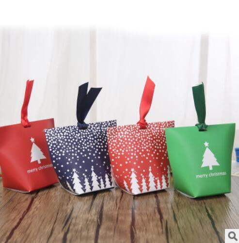 120pcs/Lot PASAYIONE Christmas Candy Bags With Ribbons 6*6*10cm Christmas Paper Gift Box Supplies Event Party Supplies Souvenirs