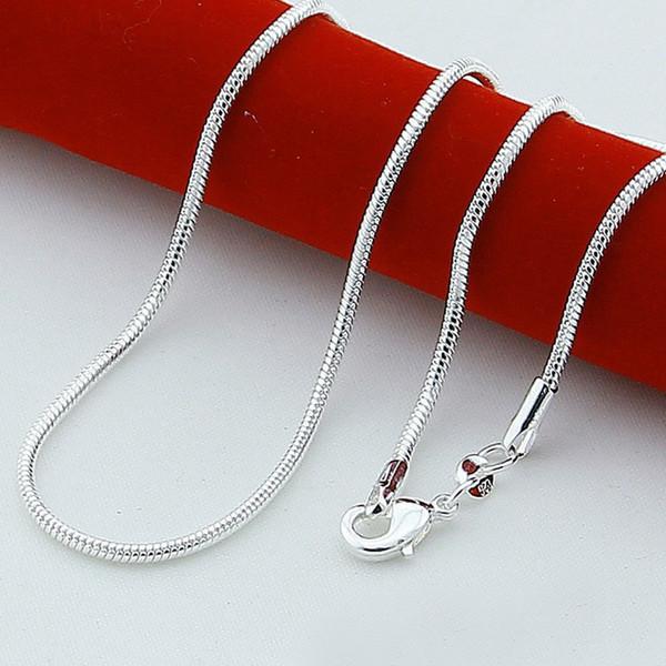 En gros 50pcs 925 argent blanc K Plating lisse serpent chaînes Collier 1.2 MM chaîne de serpent mélangé taille vente chaude