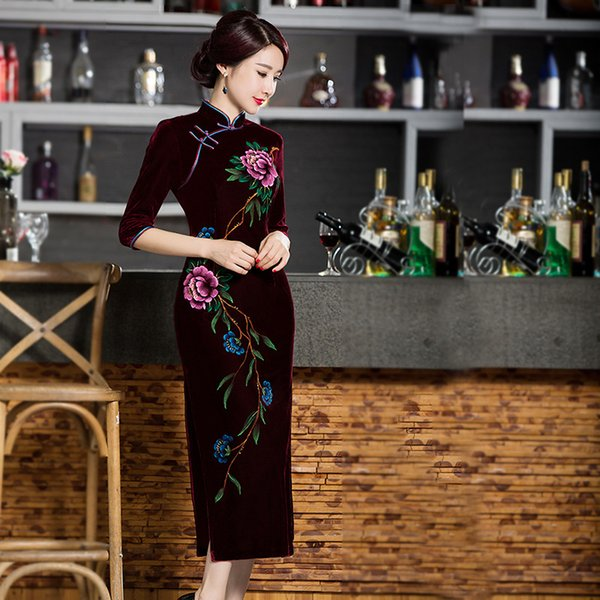2019 New high quality plus size 3/4 long sleeve velvet hand painted flowers blue/wine red long cheongsam wedding dress evening dress qipao