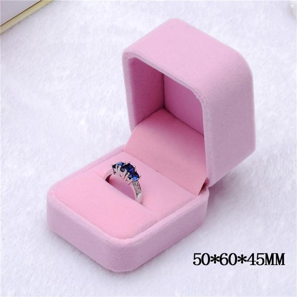 Розовый (кольца)