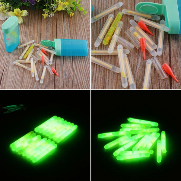 Al por mayor- 15Pcs Mini 4.5x36mm Pesca de pescado Fluorescente Lightstick Light Night Float Rod Lights Dark Glow Stick Útil envío gratis