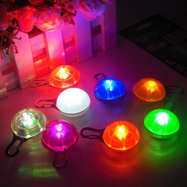 Direct fabricants LED émettant de la lumière chien de compagnie chien dog tag pendentif accessoires flash tag spot
