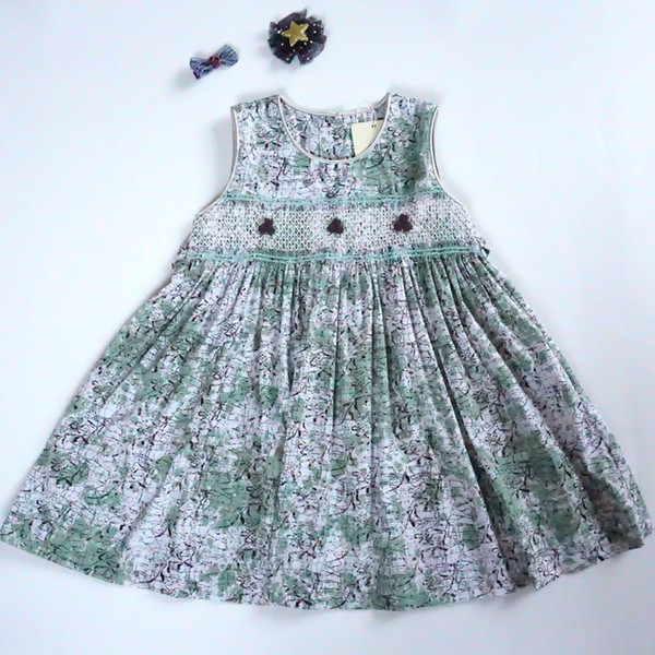 Vintage Handmade Girl's Dress 100% Cotton Boutique Kid's Clothing for Sale Floral Print with Handmade Decoration High Quality Dresses
