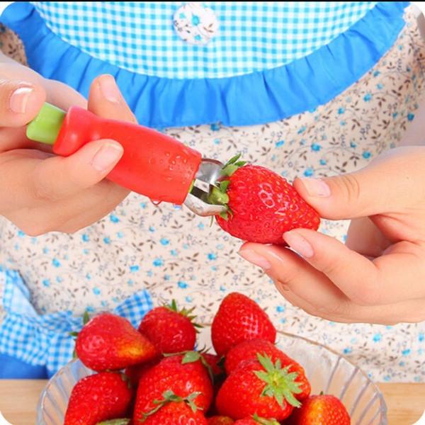 top popular Strawberry Tomatoes Corer Stem Huller Remover Stalks Stem Remover Strawberry Feeder Fruit Vegetable Digging Tools 1000pcs OOA2061 2019
