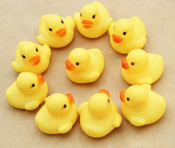 best selling 5000pcs High Quality Baby Bath Water Duck Toy Sounds Mini Yellow Rubber Ducks Kids Bath Small Duck Toy Children Swiming Beach Gifts
