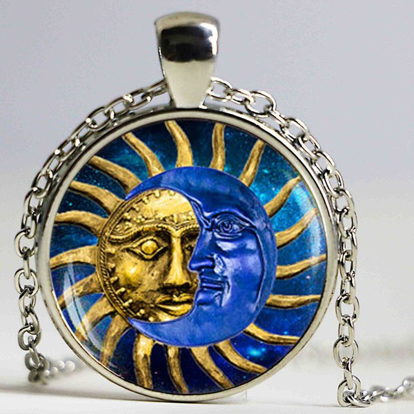 Vintage Unique Sun and Moon Pocket pendant Necklace Boho Jewelry Astrology Collar Price High Quality