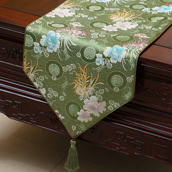 top popular Pretty Chrysanthemum Table Runner Fashion Luxury Rectangle Dining Table Cloth Portection Pads High End Coffee Tablecloths 200 x 33cm 2019