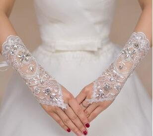 IN stock! 1PCS Free Shipping White Lace Fingerless Appliques Below Elbow Length Gloves Short Bridal Wedding Gloves