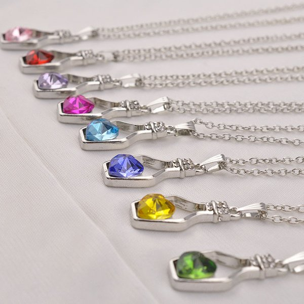 2017 New Bottles And Love Crystal Pendant Necklace Cheap Diamond Alloy Necklace Sweater Necklace Locket Jewelry