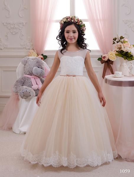 2020 Yeni Şampanya Çiçek Kız Elbise Sheer Mercan Yay Sashes Vestidos De Comunion Para Ninas Çiçek Kız Elbise