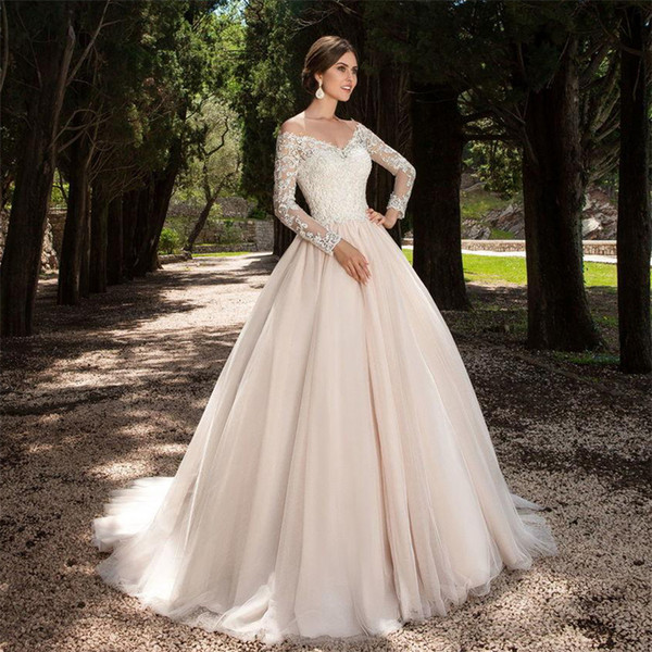top popular Sexy Long Sleeves V neck Ball Gowns 2019 Long Sleeves Wedding Dress Country western Vintage Wedding Gowns Custom made 2021