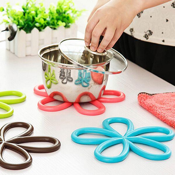 новый цветок форма ПВХ противоскользящая таблица изоляции коврик тепла Pad кухня Placemats 8PQH