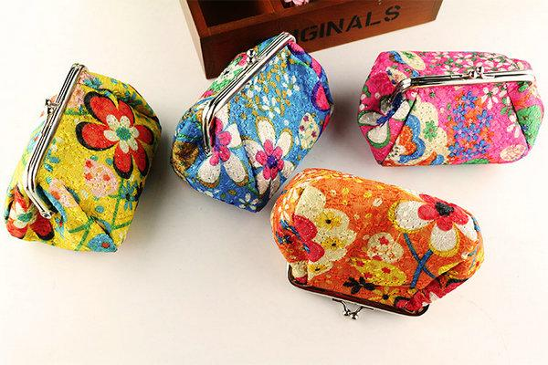 15pcs New Fashion Vintage embroidery flower coin purse canvas key holder wallet hasp small gifts bag clutch handbag Christmas gift