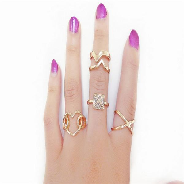 New Women Fashion Gold Plated Metal Punk Rock Crystal Spike Stacking Midi Rings Knuckle Ring Jewelry