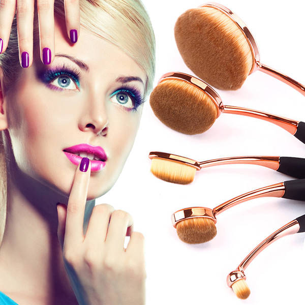 Fondation ovale brosse 5pcs / set pinceaux de maquillage brosse à dents rapide application sans faille application de crème de poudre fond de boîte par DHLOval Fou