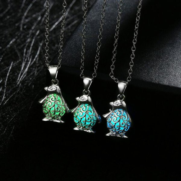 High quality Jewelry fashion penguin luminous necklace 2017 burst hot models WFN156 (with chain) mix order 20 pieces a lot