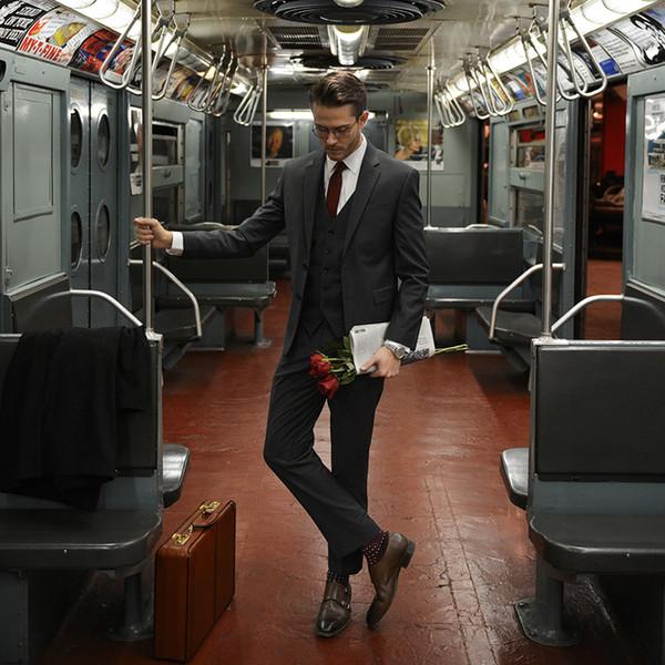 New Arrival Black Men's Suits Three Piece Two Button Peaked Lapel Slim Fit Gentleman Office Suit Set (Jacket+Vest+Pant)