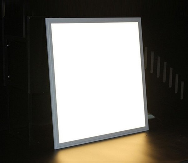 600x600 Panel de luz LED 48W Bridgelux Chip 100-110LM / W Garantía 3 años CE RoHS liberan el envío LLFA