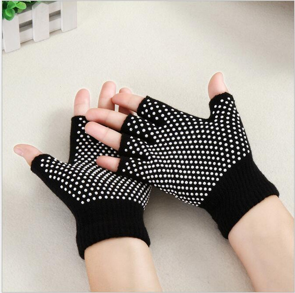 best selling Yoga fitness gloves outdoor sport Half Finger gloves silicone bike cycling gloves yoga Pilates exercise glove for women