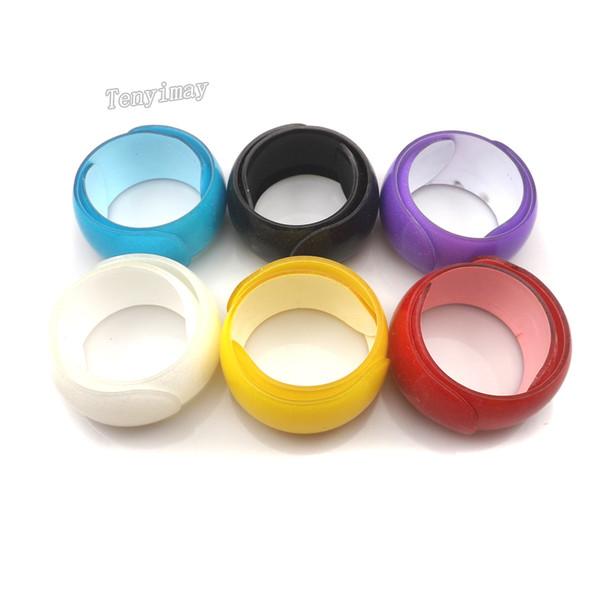 Ouvert Acrylique Kid Bangle Mode Solide Bonbons Couleur En Plastique Bracelets Pour Cadeau 24 pcs / lot Livraison Gratuite