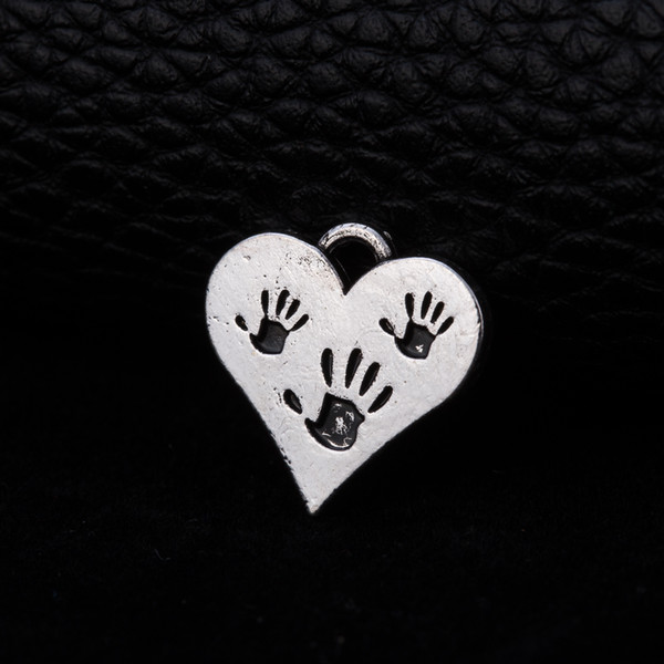 lemegeton wholesale 20 pcs silver heart shape with hand print for charm pendants jewelry making for gifts