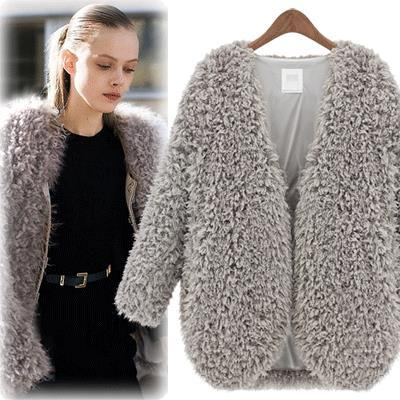 Wholesale- 2016 Hot sell Europe autumn winter new lambs wool short coat plush warm and comfortable winter jackets for women manteau femme