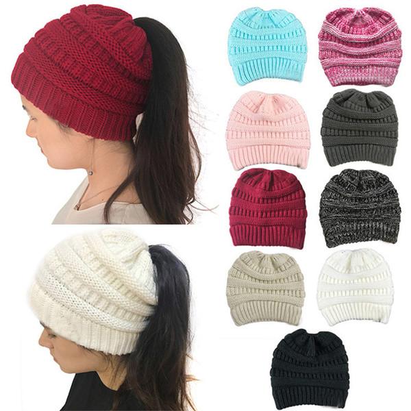 76016ce276fb8 Nuevo 10 Color Sin Logotipo CC Beanies Invierno Gorro de Lana Mujeres  Ponytail Sombreros Niñas Calientes