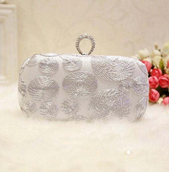 Factory sales handmade silver coil woman Dinner Bag hand bag retro high-quality Embroidery Wedding Bridesmaid Dress Party embroidery bag