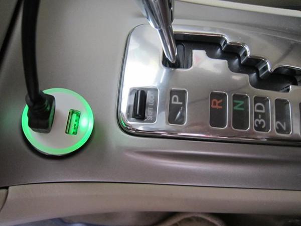 200pcs Car Charger blue LED light Double Dual USB Car Charger coche de Cargador cigarette lighter For iphone Samsung Galaxy