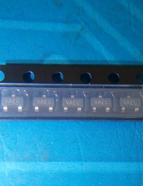 Оптовая торговля-бесплатная доставка 10 лот pcs MCP1525T MCP1525T-I / TT VREF серии 2.5 V SOT23-3 пакет частей электроники в наличии новые и оригинальные ic