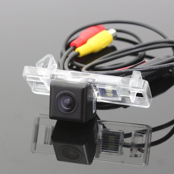 Car Rear Camera For Peugeot RCZ Back Parking Camera / HD CCD RCA NTST PAL / License Plate Lamp OEM