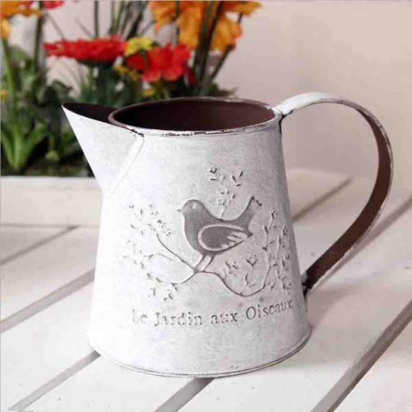 best selling French Style Rustic White Shabby Chic Mini Metal Pitcher Vase Primitive Jug Vase For Home Cafe Decor