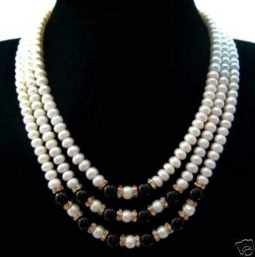 Spedizione gratuita *** 7x9mm Collana junoesque 3row con perle coltivate di giada nera