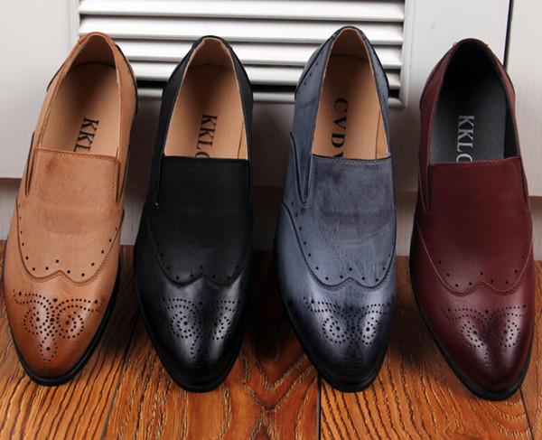 Zapatos de boda de los hombres de la nueva moda Hombres zapatos de cuero de diseño puntiagudo Hombres únicos zapatos casuales 4 color