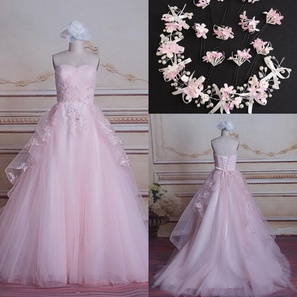 2017 New Sweetheart Ball Gown Wedding Dresses Pink Lace Appliques Bridal Gowns Lace Up Back Tulle Wedding Gowns Free Hair Accessories